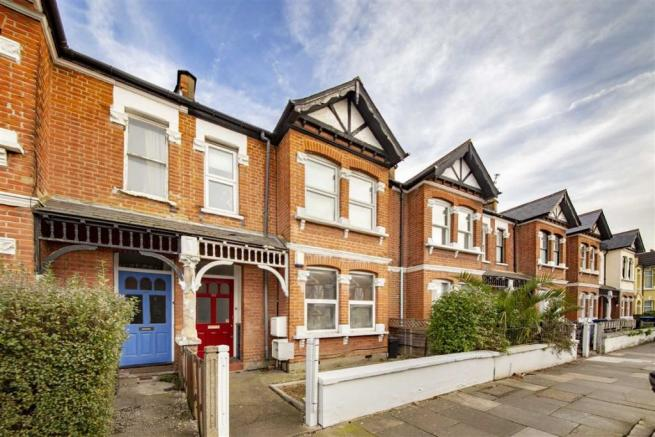 2 Bedroom Flat For Sale In Seaford Road Northfields W13