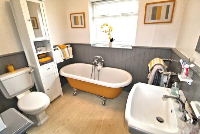 Bath Shower Room Vu