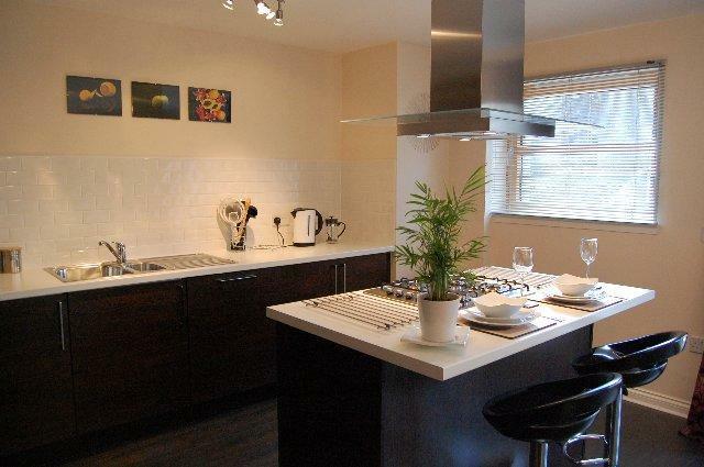 14c SA - Kitchen_640