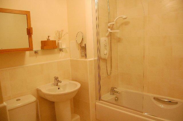 14c - SA - Bathroom_