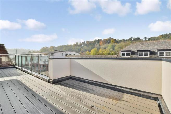 Roof Terrace (Apartment 9)