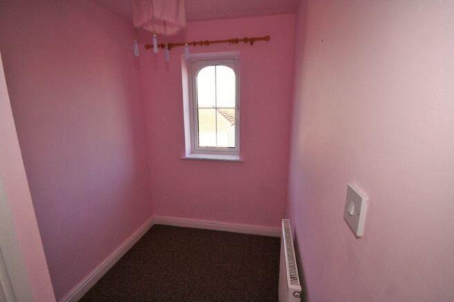 Bedroom 3 / Box