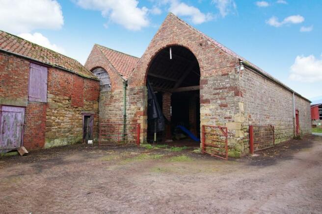 Side/Rear of barn