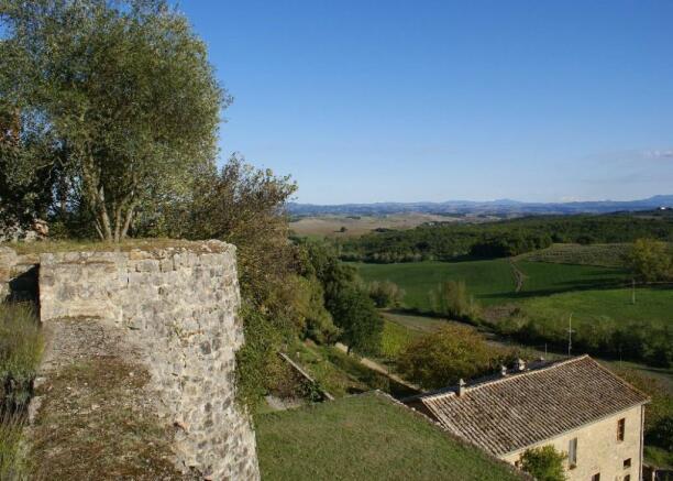 Views Siena Estate