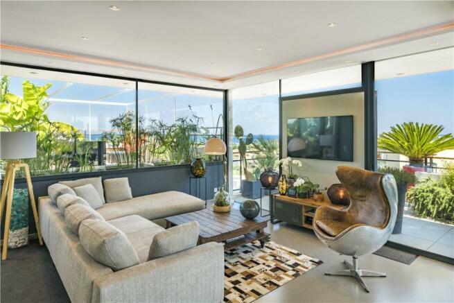 Antibes Penthouse