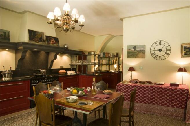 Avignon Sale Hotel