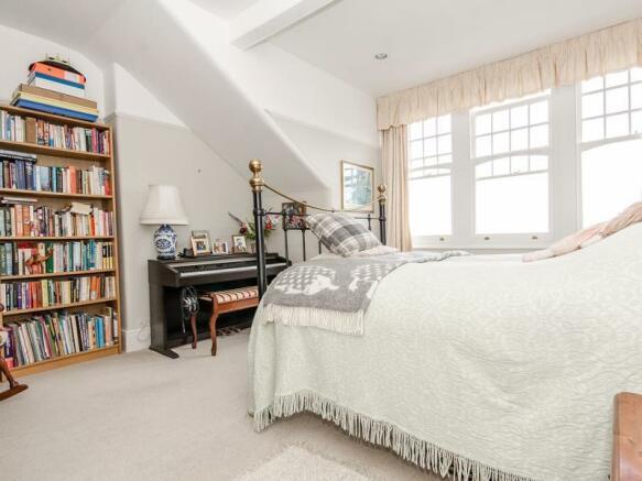 Bedroom 4 LR