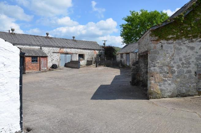 Outbuildings with PP
