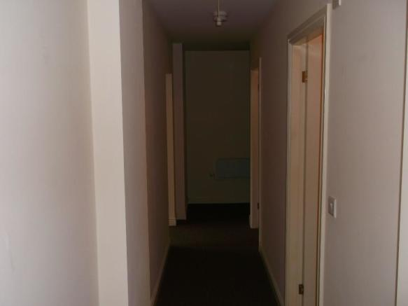 hallway to all rooms