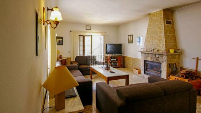 House 2 - Lounge