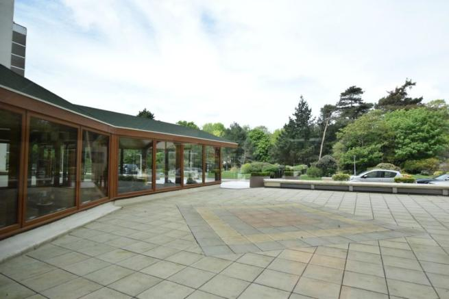 FRONT ENTRANCE AREA