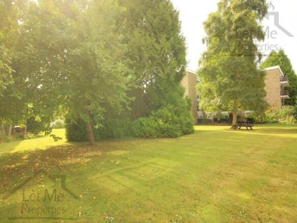 Garden 2 WM