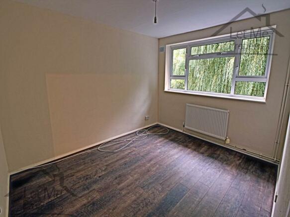 Bedroom 1 - The Beec