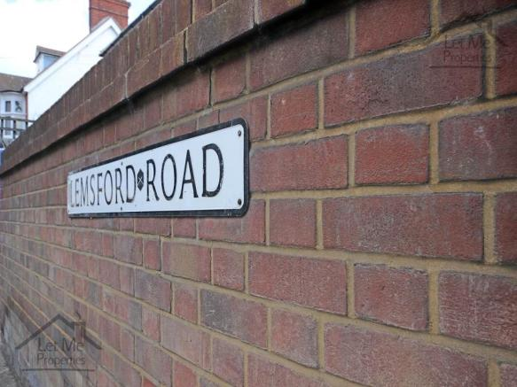 Lemsford Road - Sign