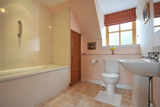 Mill Family Bathroom