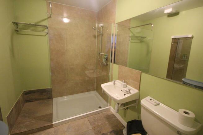 Fianais - Shower