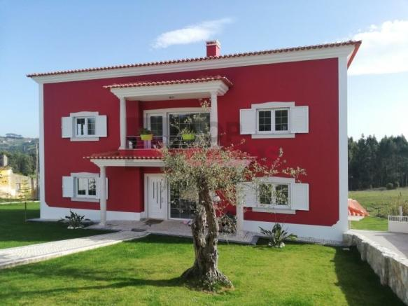 Villa near Caldas da Rainha