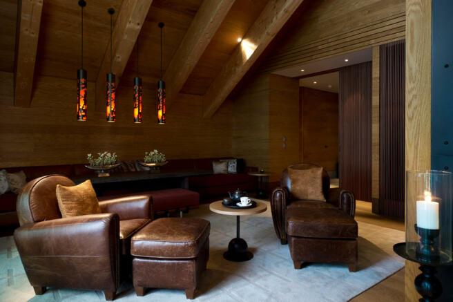 CAM-Rooms-Gemsstock Suite-LIving Area_v-1_low_res