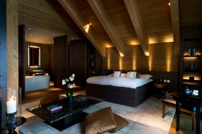 CAM-Rooms-Gemsstock Suite-Bedroom 02_v-1_low_res