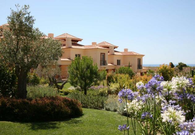Linked Villas