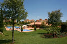 Veranda - Pool & Garden