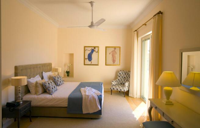 Linked Villas Master bedroom