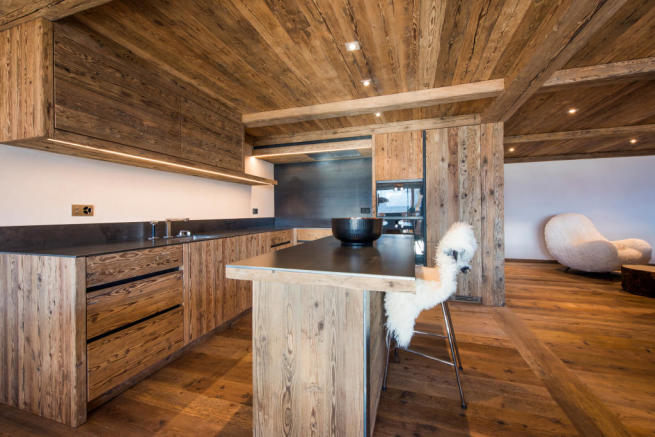 Kitchen breakfast bar open plan wood Residence Alex Verbier