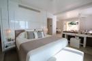 Bedroom master Footprints Barbados
