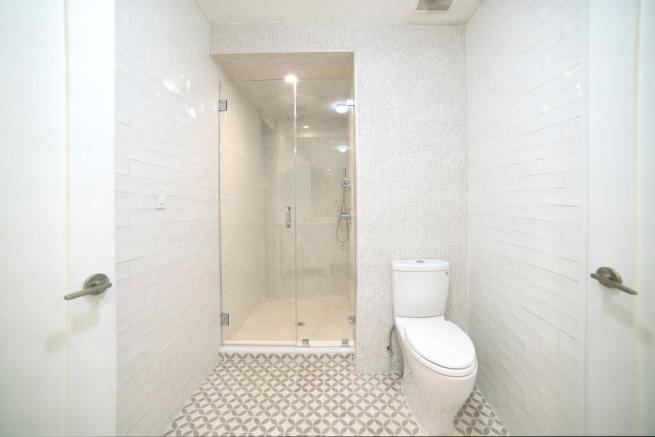 173 Concord Street - shower room