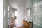 173 Concord Street - En suite bathroom with shower