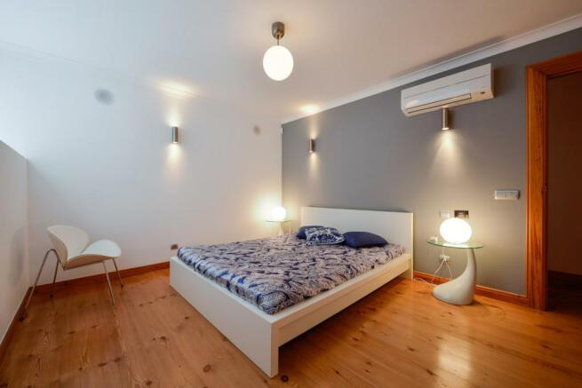 Lower level - Bedroom 2
