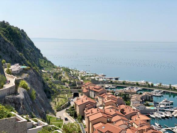 Cliffside hotel near Portopiccolo
