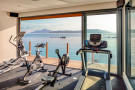 Pangia Beach gym