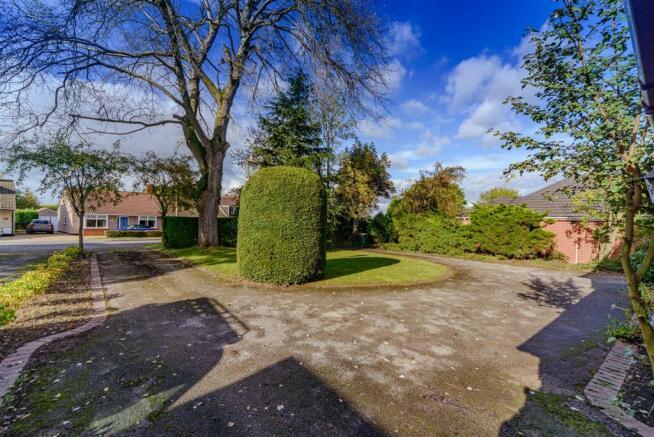 121 Cromwell Lane-24.jpg