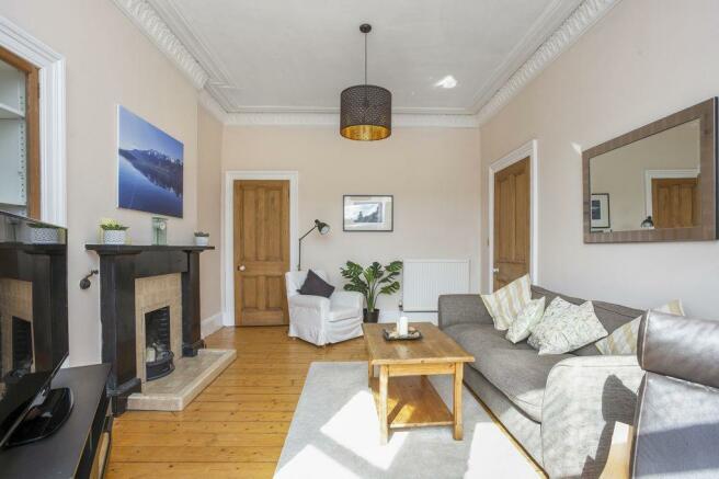 2 bedroom flat for sale in 4/6 Morningside Drive ...