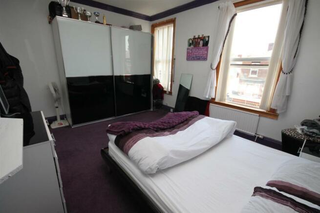 163 Barton Rd Bedroom 1a.JPG