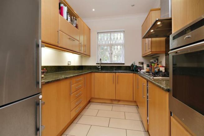 42 Eton Avenue NW3 Flat 5 Kitchen.jpg