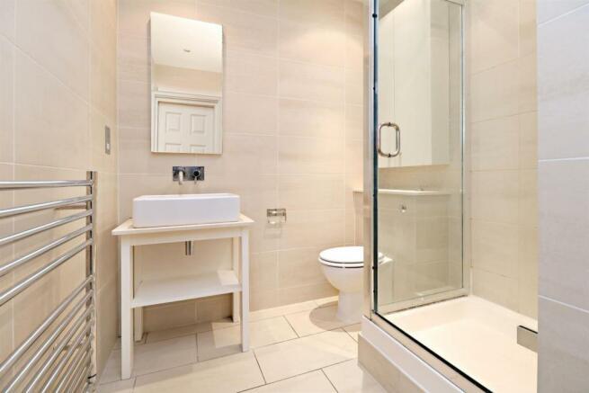42 Eton Avenue NW3 Flat 5 Shower room.jpg