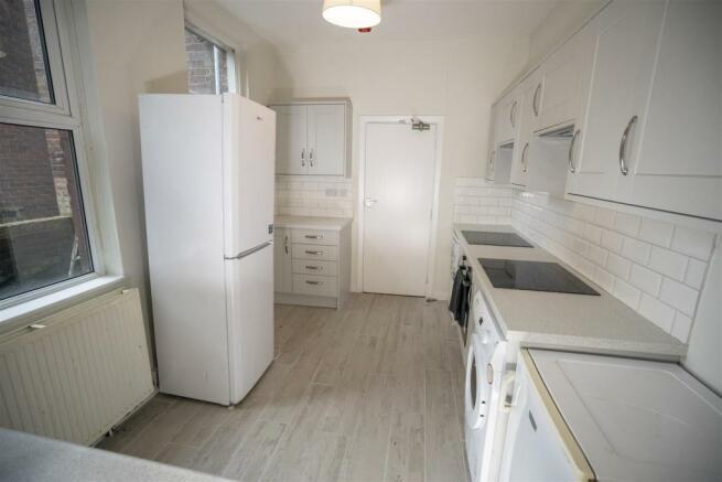 10 harcourt road kitchen 2.jpg