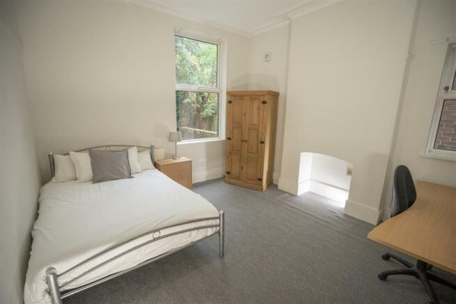 10 harcourt road bedroom 1.jpg