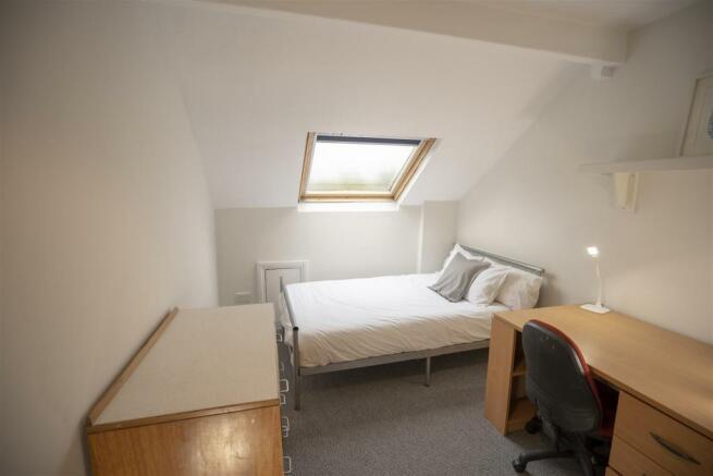 10 harcourt road bedroom 6.jpg