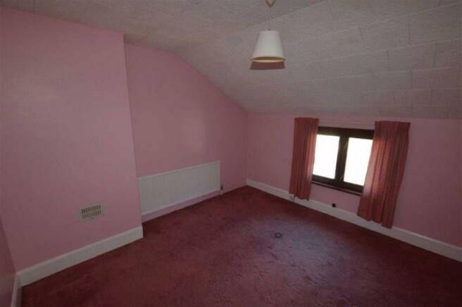 Bedroom 4 (rear)