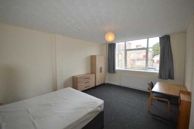 Room 4.JPG
