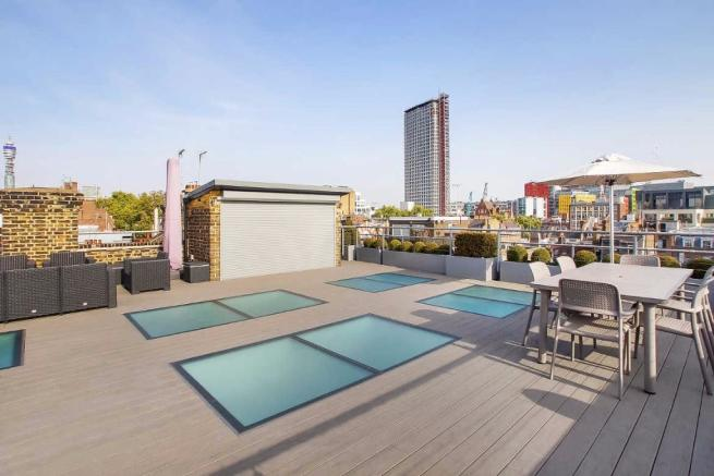Shared roof terrace
