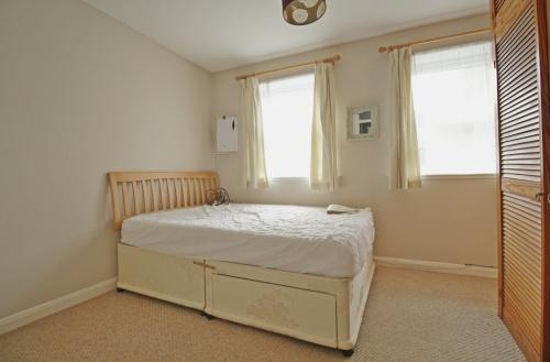 630_bedroom 1.jpg