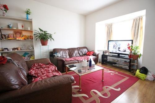 488_lounge.jpg