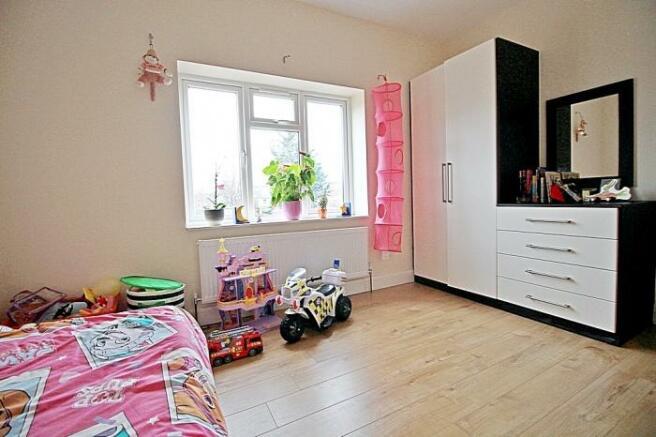 1110_bedroom 1a.JPG