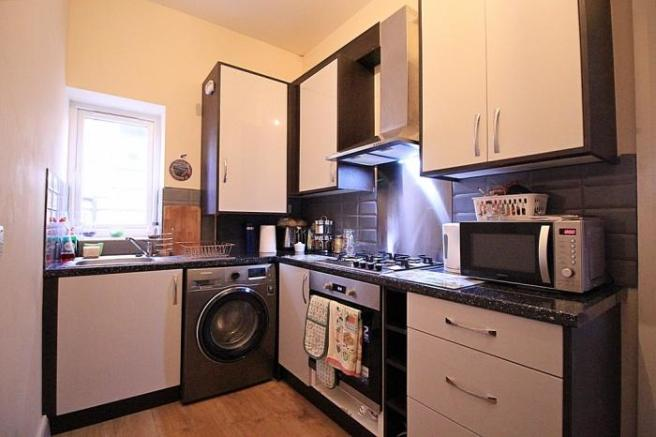 1110_kitchen.JPG