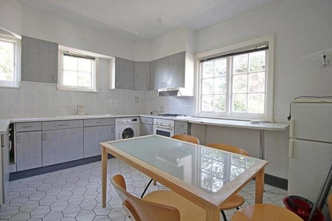 1176_kitchen or living room.JPG