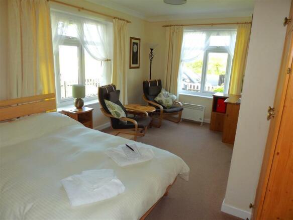 Bedroom 3 (Guest